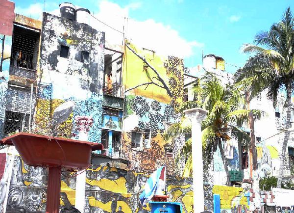 Murales al Callejón de Hamel, La Habana, Marzo 2010 (Foto Caterina Suggelli)